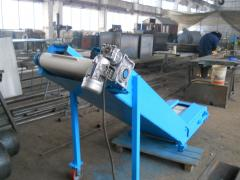 Conveyor, conveyor belt, belt conveyor